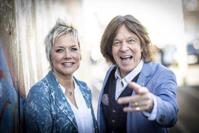 30 Jahre Mauerfall Konzert Mit Dieter Bohlen Jurgen Drews Und Dj Otzi