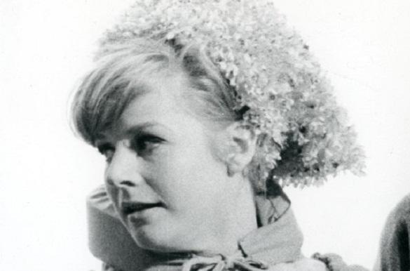 Heidi Brühl Lieder Songs über Ponys Und Krieg