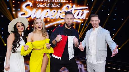 "Die vier ""DSDS""-Finalisten. V.l.: Chiara D'Amico, Paulina Wagner, Joshua Tappe und Ramon Kaselowsky-Roselly."