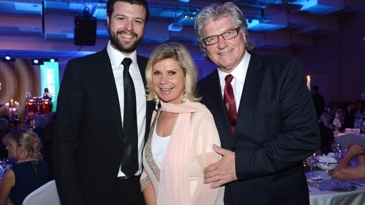 Marianne Und Michael Sohn Florian Feiert Hochzeit